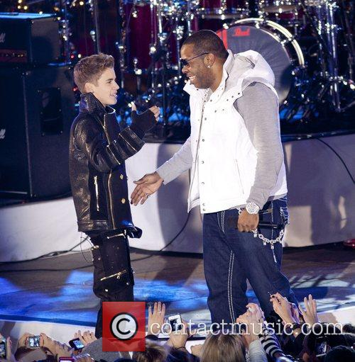 Justin Bieber and Busta Rhymes 4