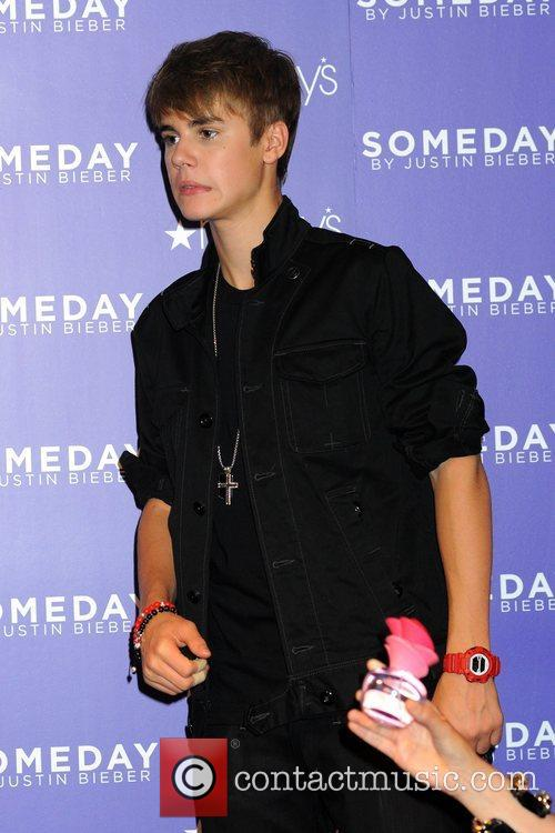 Promotes his new fragrance 'Someday' with an appearance...