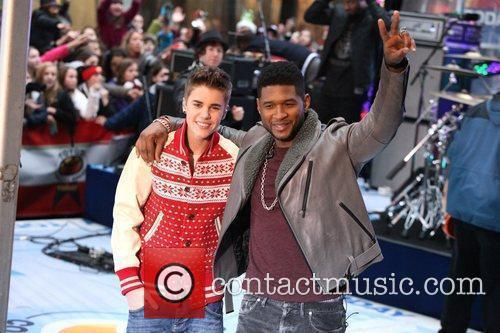Justin Bieber and Usher 4