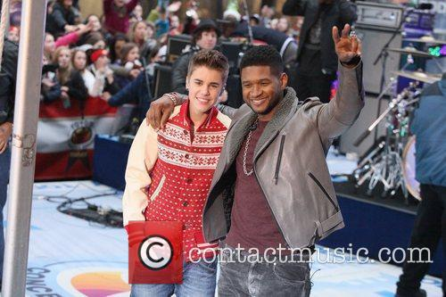 Justin Bieber and Usher 10