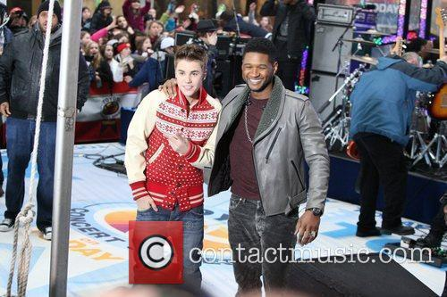 Justin Bieber and Usher 7