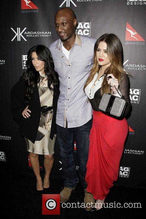 Kim Kardashian, Khloe Kardashian and Lamar Odom 8