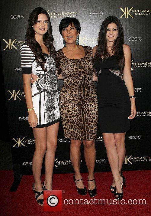 Kendall Jenner, Kris Jenner and Kylie Jenner 1