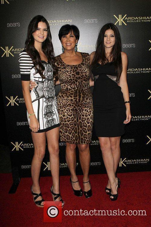Kendall Jenner, Kris Jenner and Kylie Jenner 5