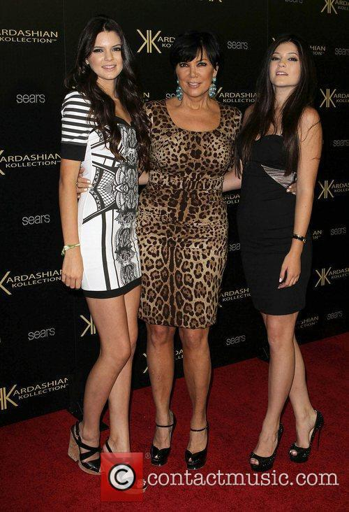 Kendall Jenner, Kris Jenner and Kylie Jenner 4