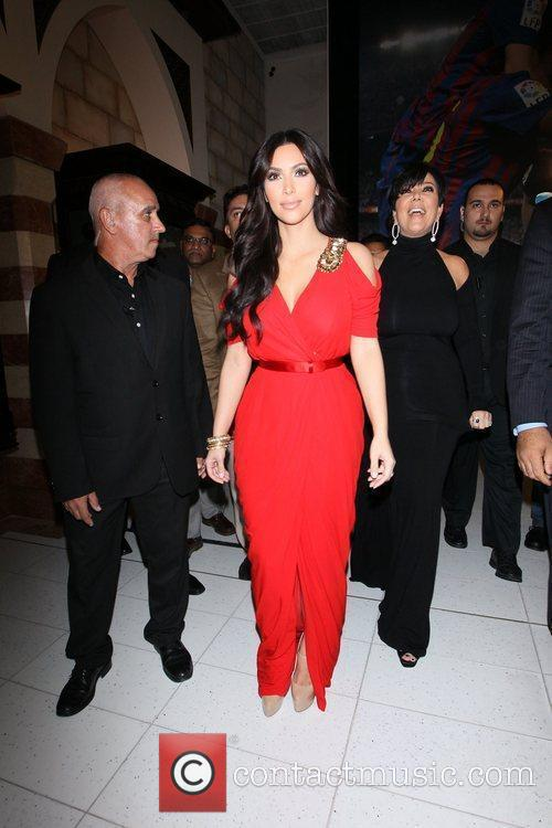 Kim Kardashian and kris jenner 13