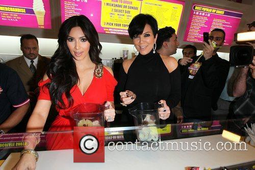 Kim Kardashian and kris jenner 18