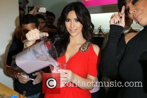 Kim Kardashian and kris jenner 19