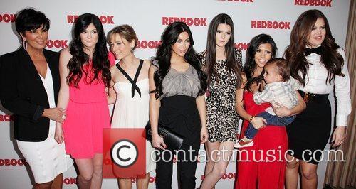Kris Jenner, Khloe Kardashian, Kim Kardashian, Kourtney Kardashian and Kylie Jenner 5