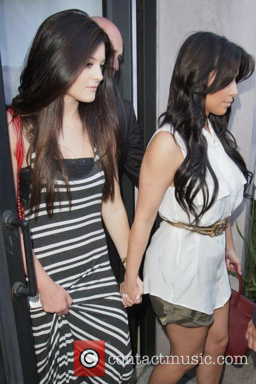 Kylie Jenner and Kim Kardashian 2