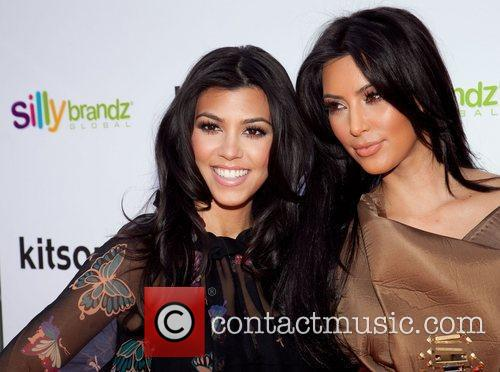 Kourtney Kardashian and Kim Kardashian 2