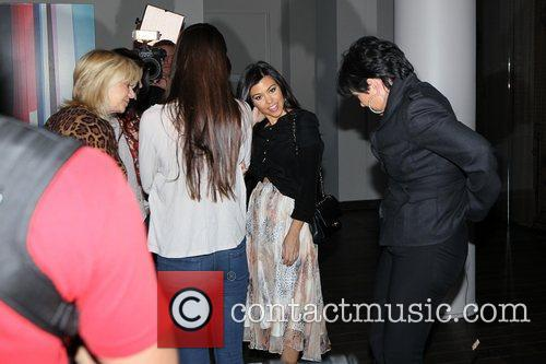 Kendall Jenner, Kourtney Kardashian and Kris Jenner 3