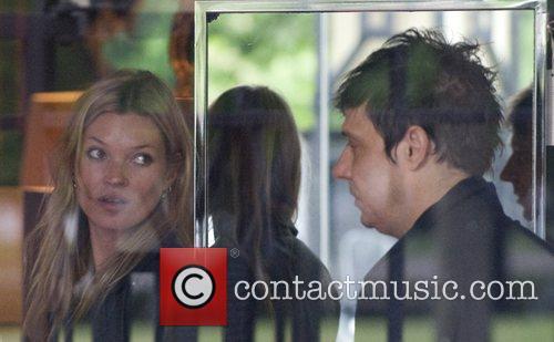 Kate Moss and Jamie Hince 9
