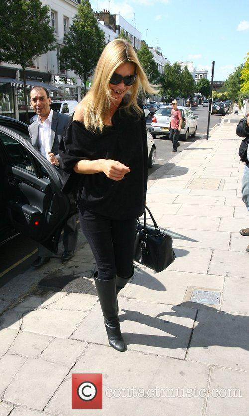 Arriving at a boutique in Notting Hill