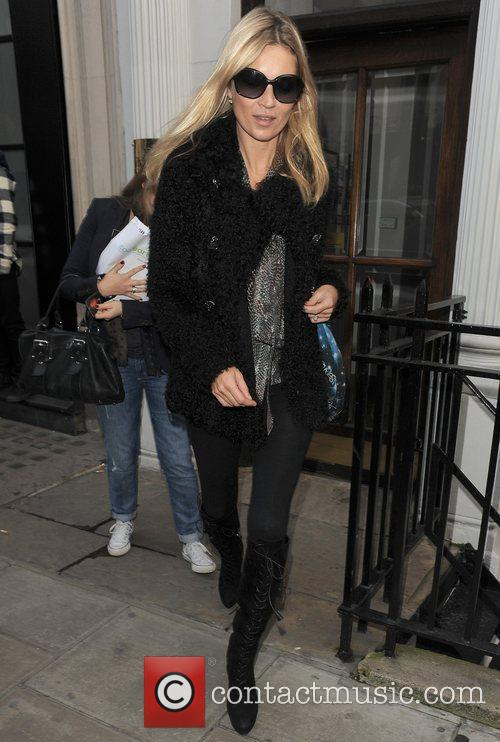 kate moss leaving an office building london 3613517