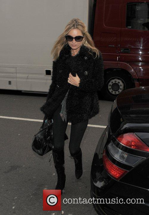 Kate Moss arriving for lunch at Cecconi's restuarant....