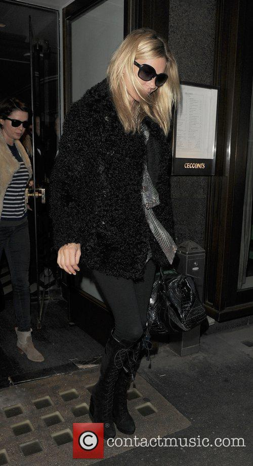 kate moss and sadie frost leaving cecconi 3613550