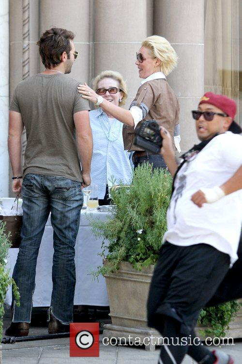 Katherine Heigl having drinks with her husband and...