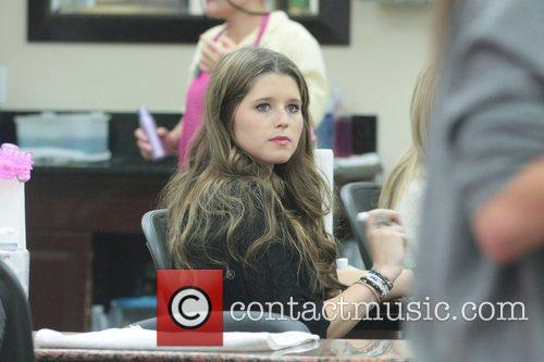 Katherine Schwarzenegger getting her nails done in Beverly...