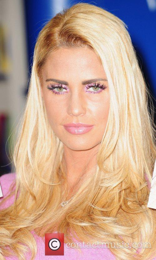 Katie Price and Smiths 9