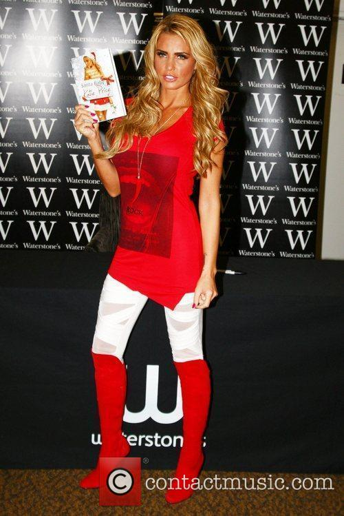 katie price signs copies of her new 5750199