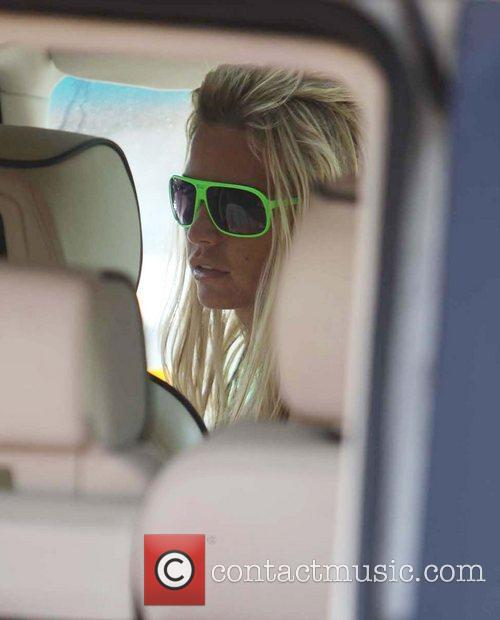 Katie Price leaving Sainsburys after doing some shopping...