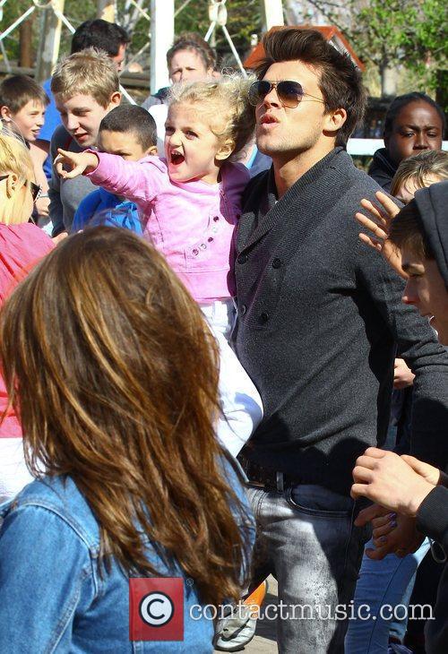 Leandro Penna, Princess Tiaamii Katie Price and friends...
