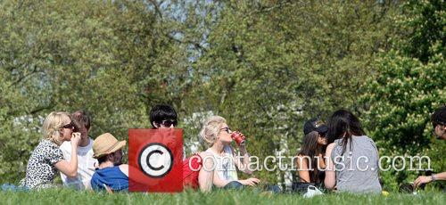 Katie Waissel out with friends in Primrose Hill...
