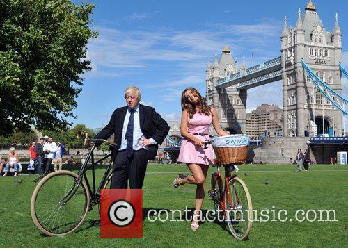 Boris Johnson and Kelly Brook 4