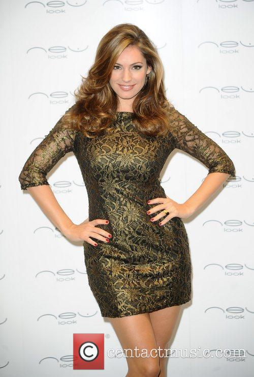 Kelly Brook opens the New Look boutique at...