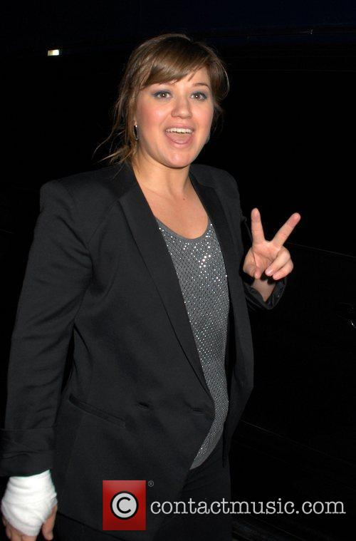 Kelly Clarkson Peace