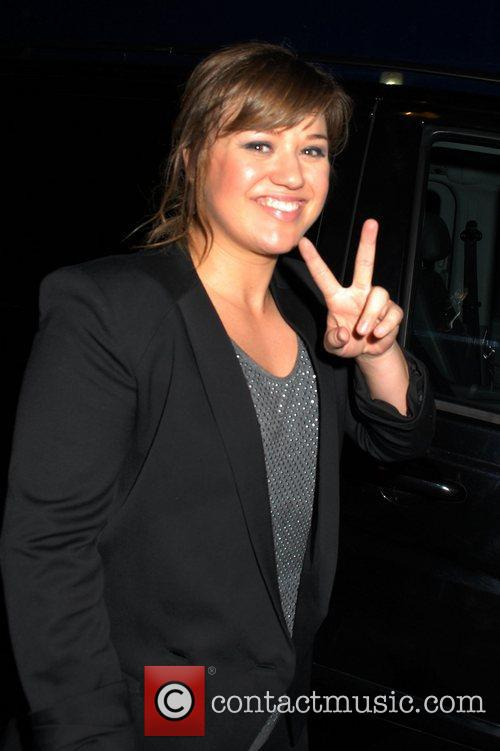 Kelly Clarkson, Brand New and Tattoo 8