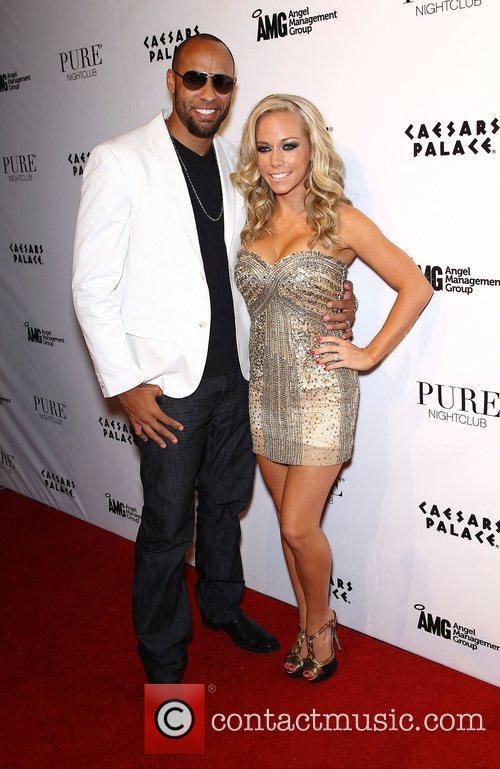 Kendra Wilkinson and Pure Nightclub 13