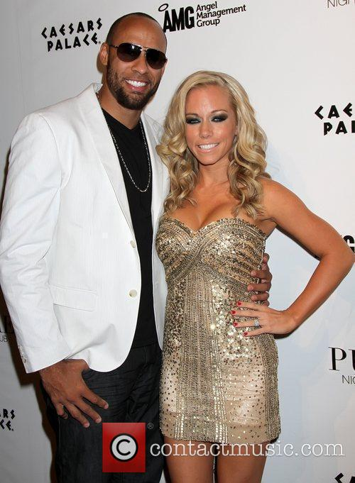 Hank Baskett and Kendra Wilkinson 1