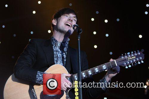 Dan Gillespie Sells of The Feeling performing at...