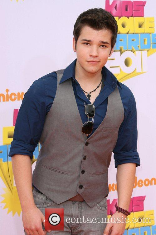 nathan kress shirt off. nathan kress shirt off 2010.