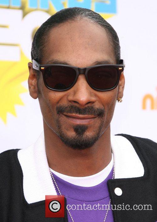 Snoop Dogg Nickelodeon's 2011 Kids Choice Awards held...