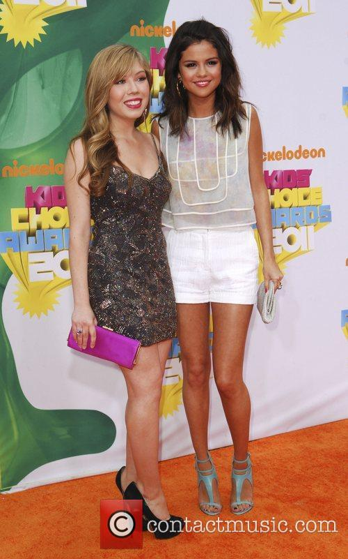 Jennette McCurdy and Selena Gomez Nickelodeon's 2011 Kids...