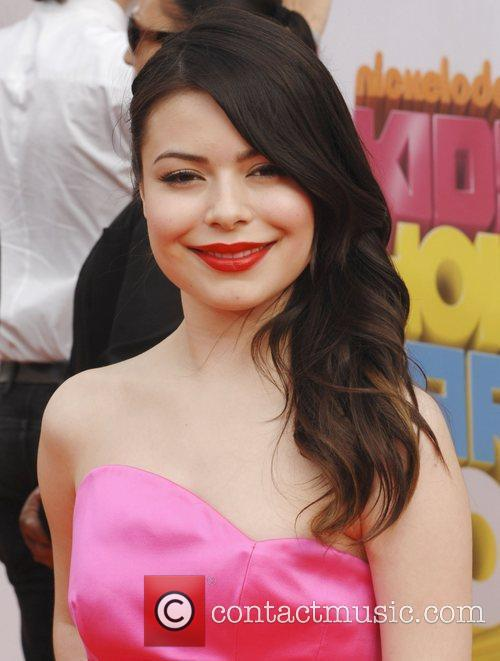 Miranda Cosgrove Nickelodeon's 2011 Kids Choice Awards held...