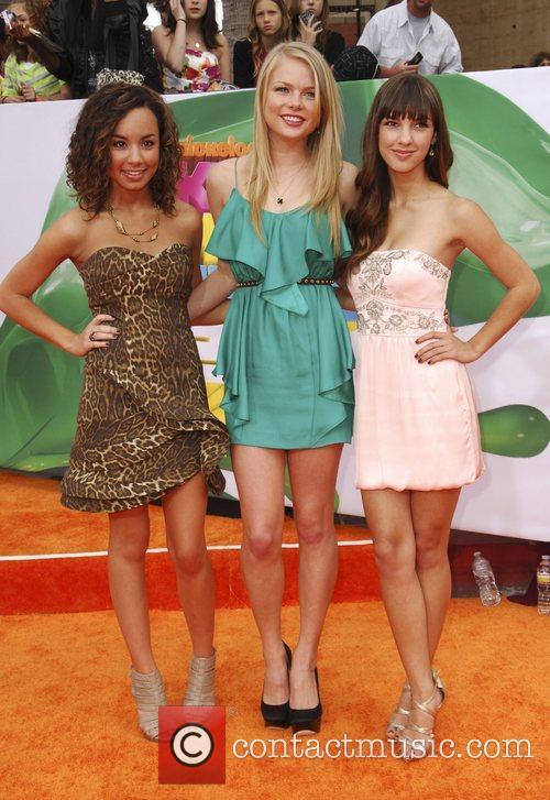 Savannah Jayde, Kelli Goss, Denyse Tontz Nickelodeon's 2011...