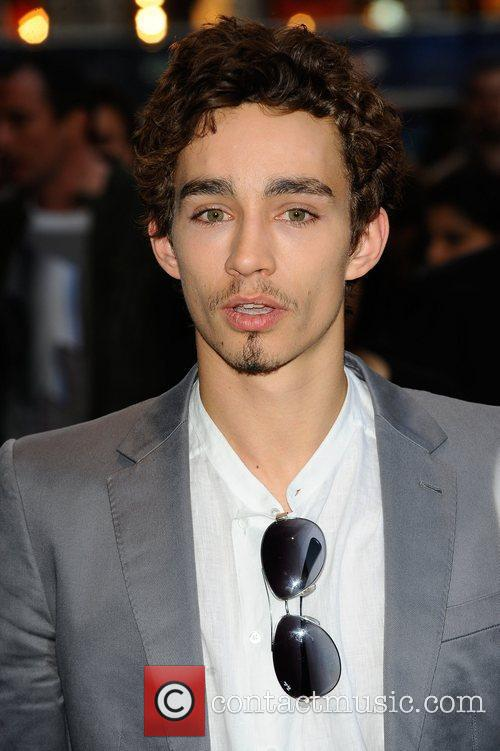 Robert Sheehan - Picture Colection