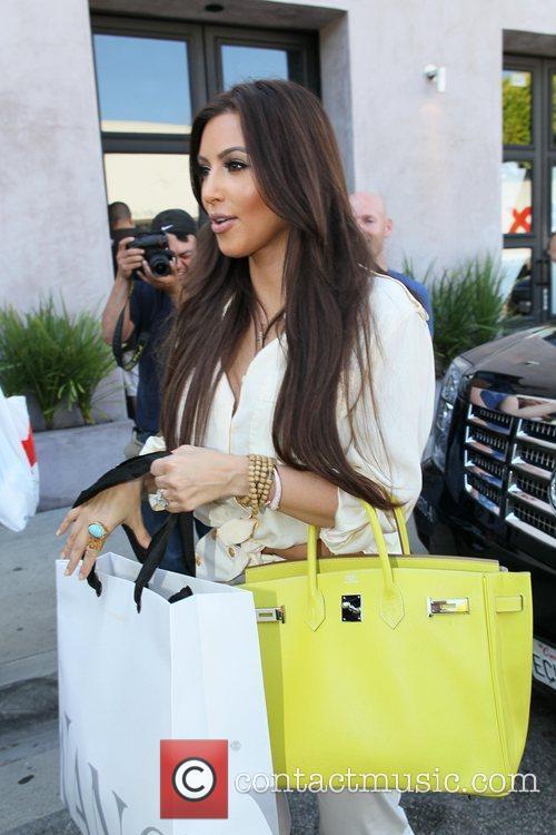 Kim Kardashian and Vera Wang 12