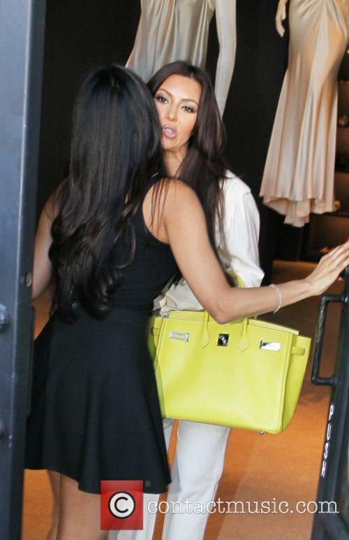 Kim Kardashian and Vera Wang 5