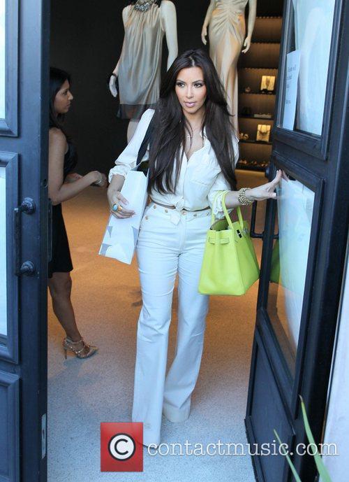 Kim Kardashian and Vera Wang 11