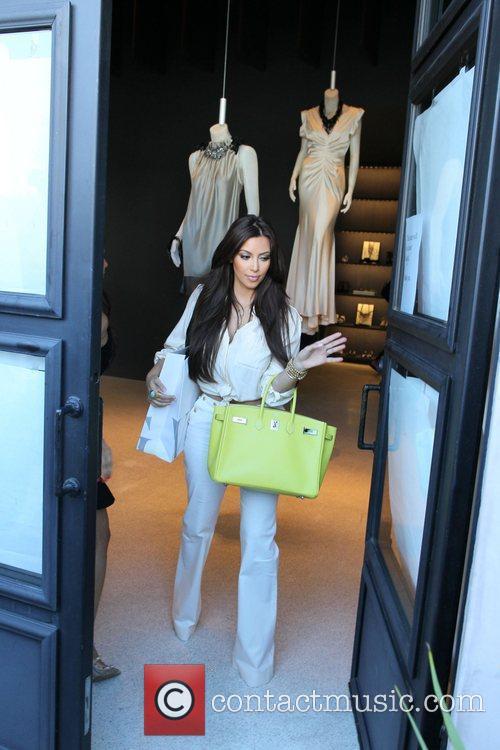 Kim Kardashian and Vera Wang 6