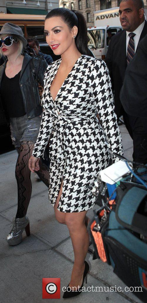 Kim Kardashian and Manhattan Hotel 5