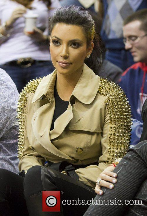 Kim Kardashian and New Jersey Nets 5