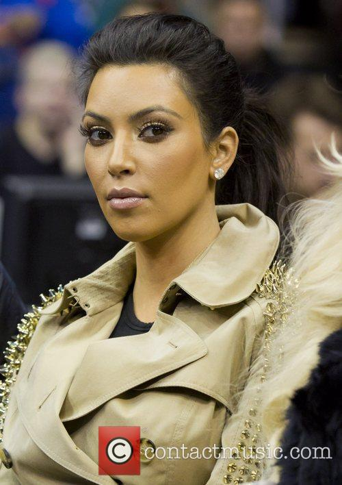 Kim Kardashian and New Jersey Nets 9