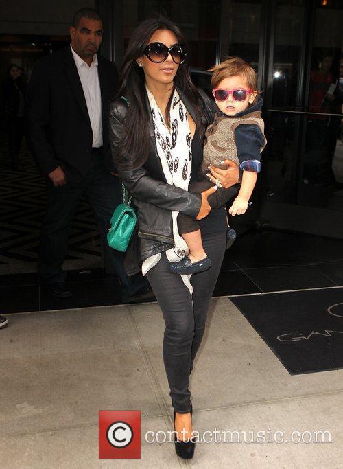 Kim Kardashian, Mason and Manhattan Hotel 18