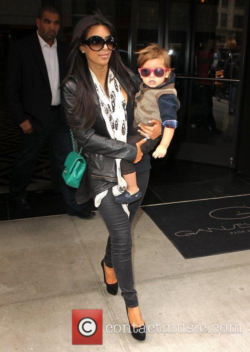 Kim Kardashian, Mason and Manhattan Hotel 3
